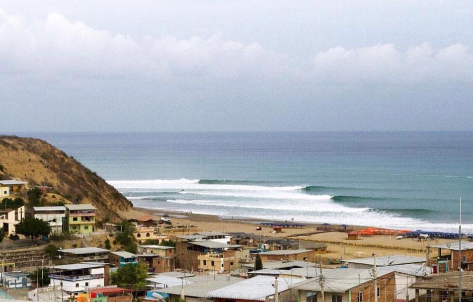 Inside the Barrel – Equador – Surf 7 Seas